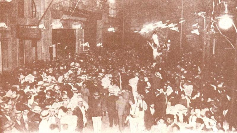 Porto_Alegre_Rua_da_Praia(Andradas)_Carnaval_1921